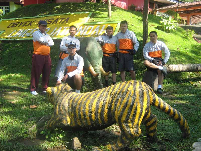 Teklok juga nyampe ke Linggarjati euy 2011
